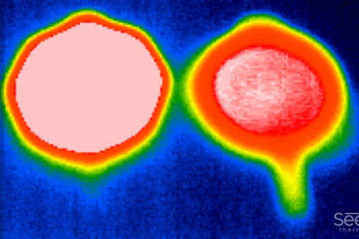 Infrared Heat Map: Cold FINEX Handle on the Left – Traditional Hot Skillet Handle on the Right
